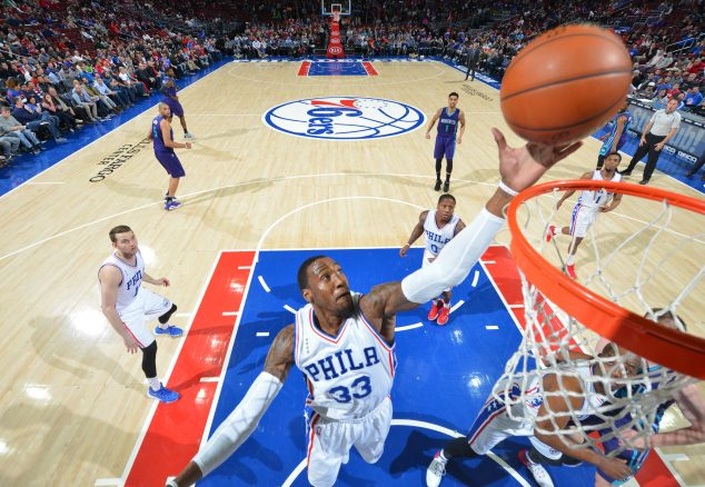 PHILADELPHIA,PA - MARCH 29: Robert Covington #33 of the Philadelphia 76ers grabs the rebound against the Charlotte Hornets at Wells Fargo Center on March 29, 2016 in Philadelphia, Pennsylvania NOTE TO USER: User expressly acknowledges and agrees that, by downloading and/or using this Photograph, user is consenting to the terms and conditions of the Getty Images License Agreement. Mandatory Copyright Notice: Copyright 2016 NBAE (Photo by Jesse D. Garrabrant/NBAE via Getty Images)