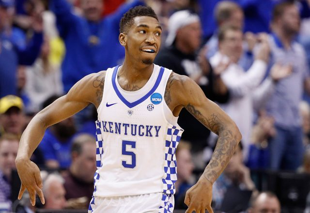 malik monk triangle offense