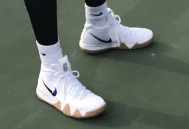 Nike Kyrie 4