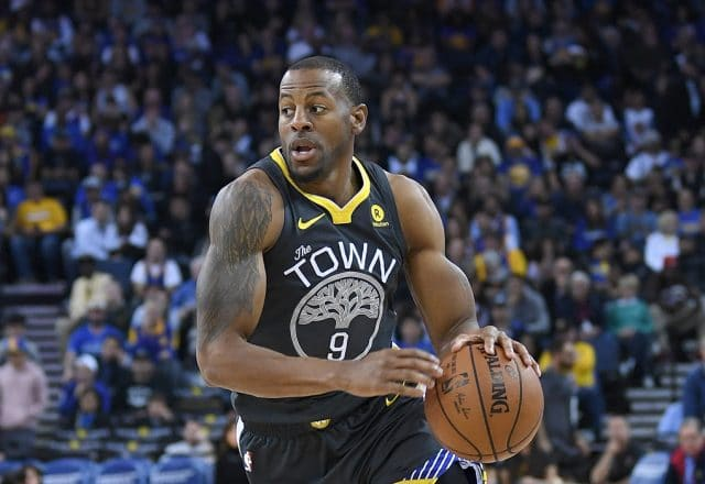 iguodala dinwiddie meeting referees