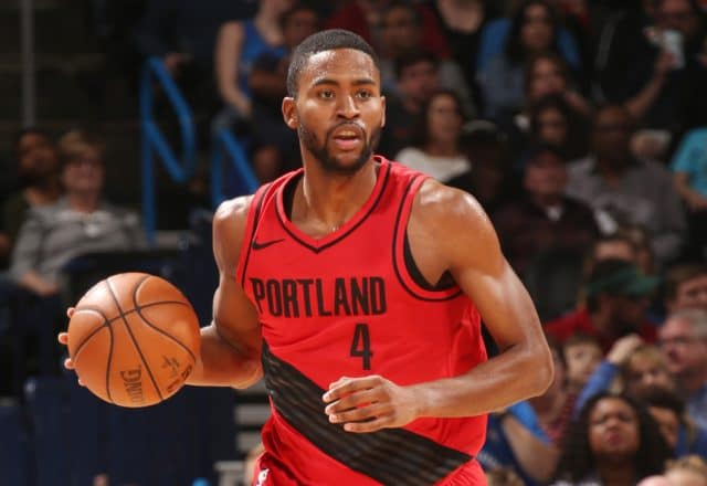 moe harkless knee surgery
