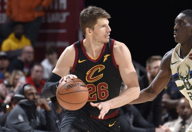 kyle korver cavaliers brother death