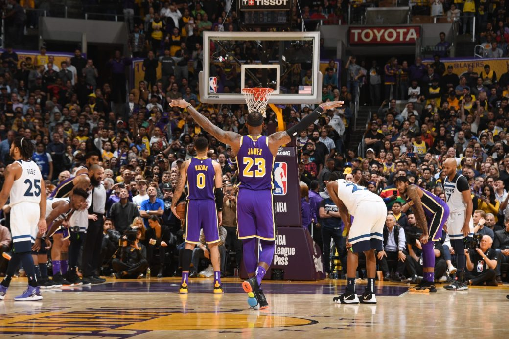 Post Up Headband Lebron James Leads Lakers To Close Win Over
