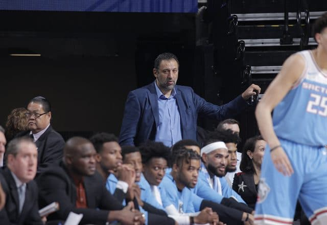 vlade divac kings playoffs