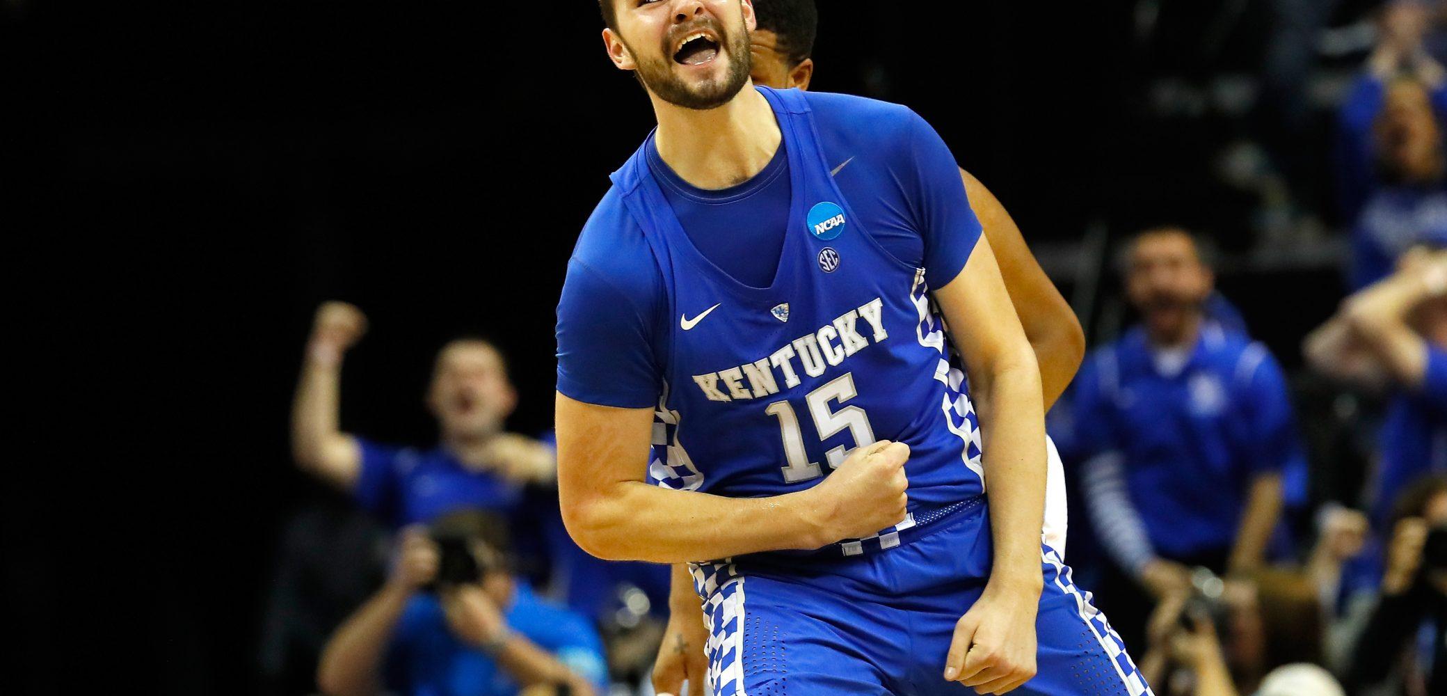Isaac Humphries of the Kentucky Wildcats