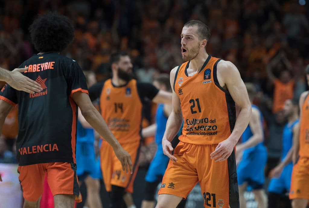 Matt Thomas of Valencia Basket