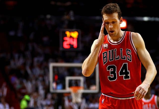 Mike Dunleavy Jr. of the Chicago Bulls