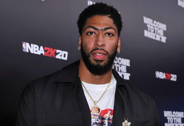 Anthony Davis at a 2K event