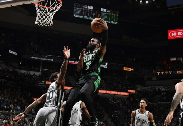 jaylen brown celtics post up