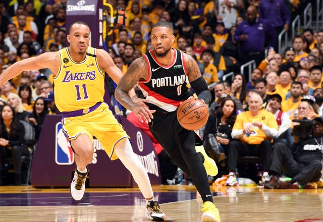 lillard kobe post up