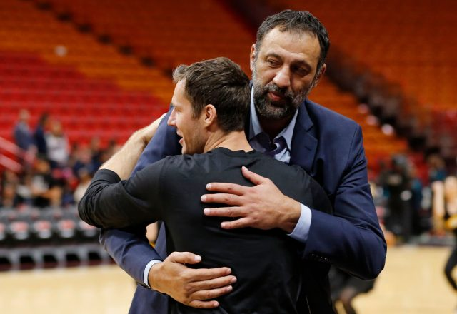 Vlade Divac of the Sacramento Kings