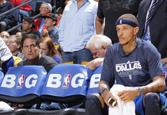 Delonte West of the Dallas Mavericks