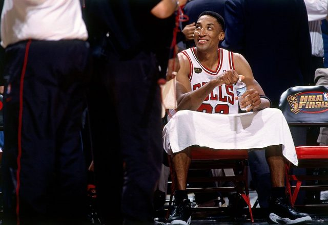 Scottie Pippen of the Chicago Bulls