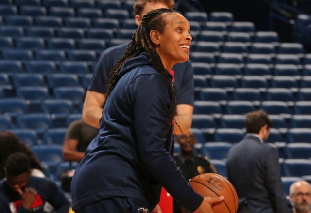 Teresa Weatherspoon of the New Orleans Pelicans
