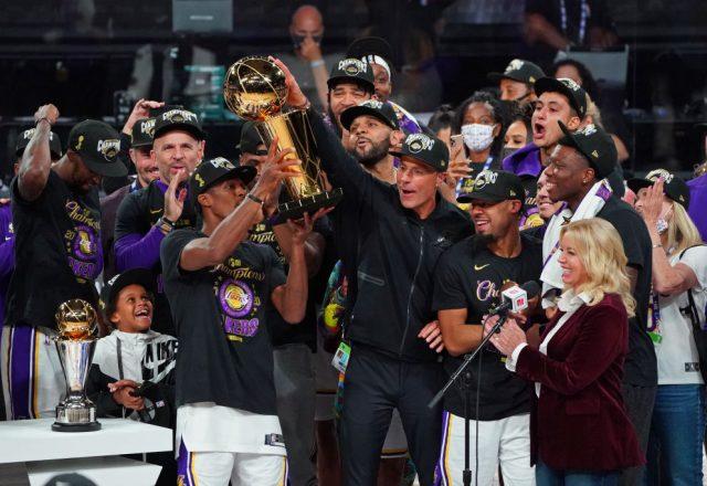 Rajon Rondo of the Los Angeles Lakers