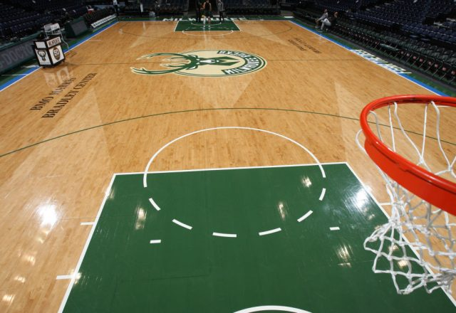 Milwaukee Bucks court logo